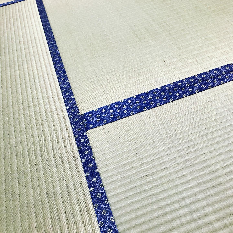 お盆前に実家の畳は、小沢畳店の技にて井草の心地よい香りにつつまれた傷一つない新しい畳になりました。小沢さんありがとうございます!ジャーナル社長